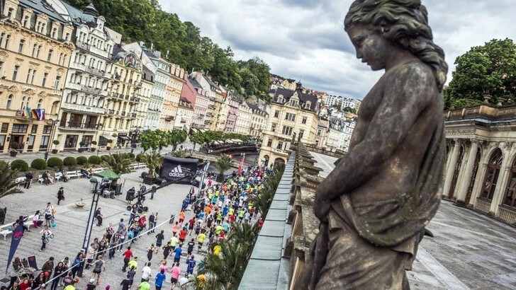 La Mattoni Karlovy Vary Half Marathon scalda i motori: lo start il 19 maggio