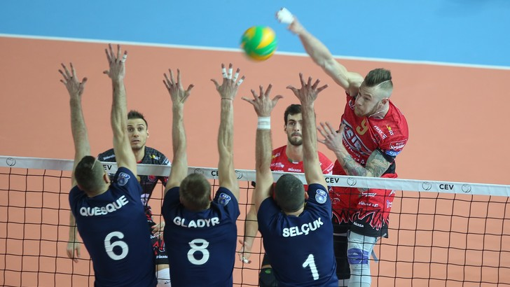 Volley: Superlega, Perugia e Zaytsev separazione in vista ?