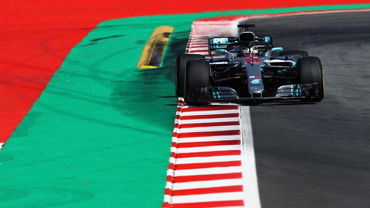 F1 Spagna, Libere 3: le Mercedes volano, Vettel è 3°