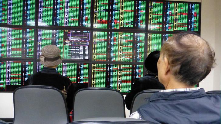 Borsa Shanghai apre poco mossa (+0,02%)