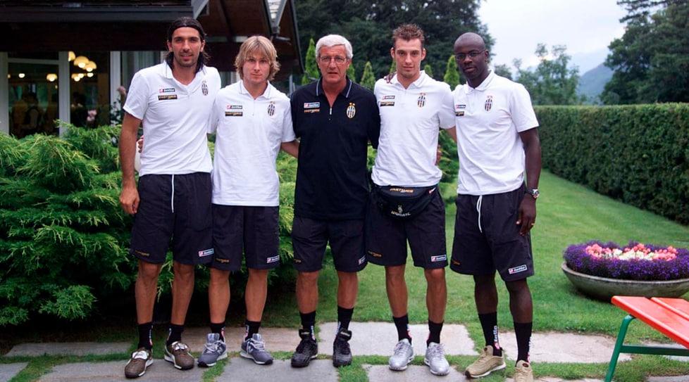 <p>11&nbsp;scudetti, 4&nbsp;Coppe Italia, 5&nbsp;Supercoppe Italiane, 1 campionato di Serie B, 655&nbsp;presenze con la maglia bianconera: ripercorriamo le tappe di una carriera straordinaria</p>