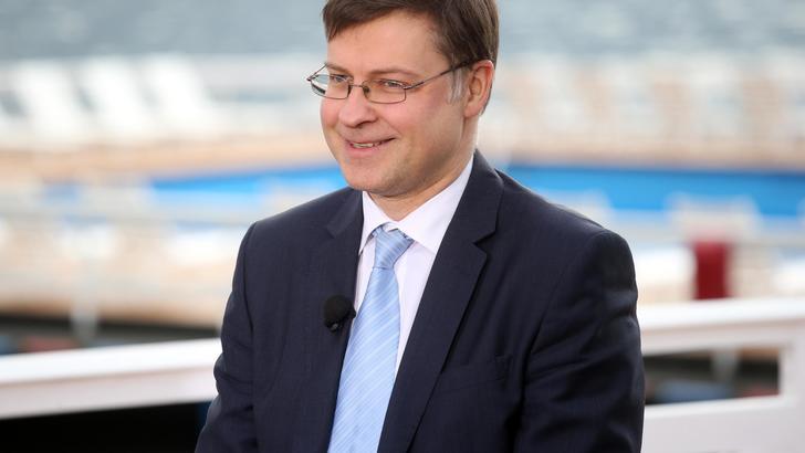 Dombrovskis,nuovo Governo rispetti conti