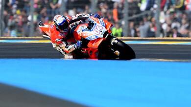 MotoGp Francia, Dovizioso passa in testa ma cade al quarto giro