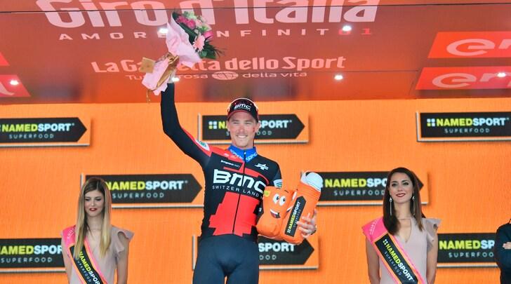 Giro d'Italia, Dennis vince la Trento- Rovereto
