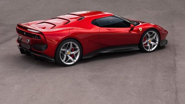Ferrari SP38, la 488 diventa unica: foto