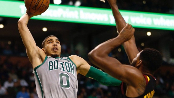 Tatum esalta i Celtics, Boston vola sul 3-2