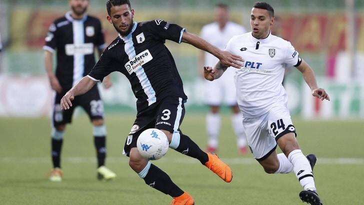 Serie B, Virtus Entella-Ascoli 0-0: Aliji sbatte contro il palo