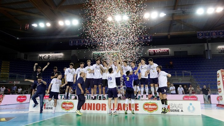 Volley: Junior League, la Materdomini.it sul gradino più alto del podio