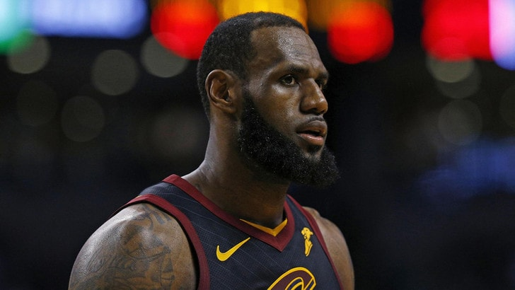 NBA, LeBron James stellare: Cavs ancora alle Finals