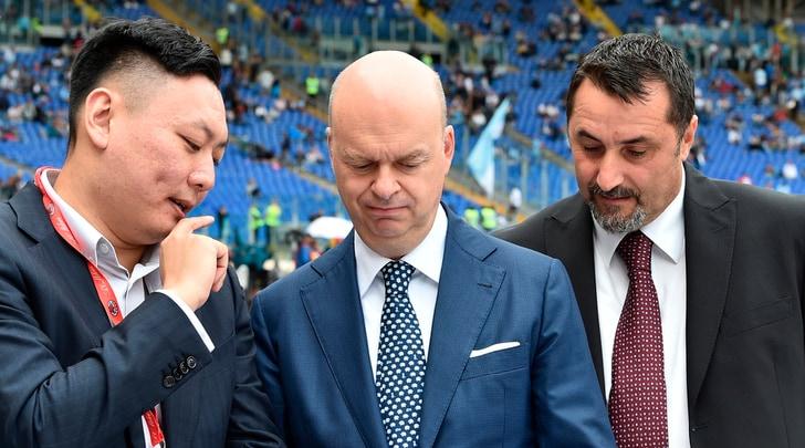 New York Times: «Il Milan verso l'esclusione dalle coppe europee». Fassone replica