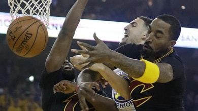 NBA, JR Smith si giustifica: