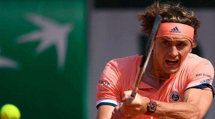 Roland Garross, Zverev vola ai quarti di finale