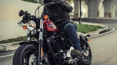 Guerra dei Dazi: colpiti blue jeans e Harley-Davidson