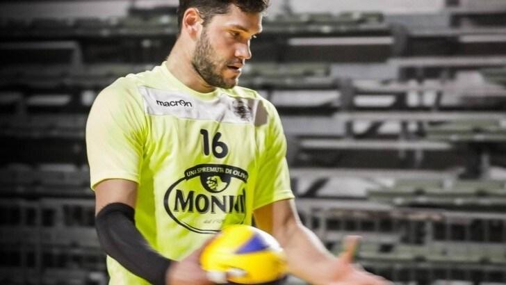 Volley: A2 Maschile, Matteo Bertoli schiaccerà per Tuscania