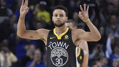 NBA Playoff: Curry trascina Golden State in finale di Conference