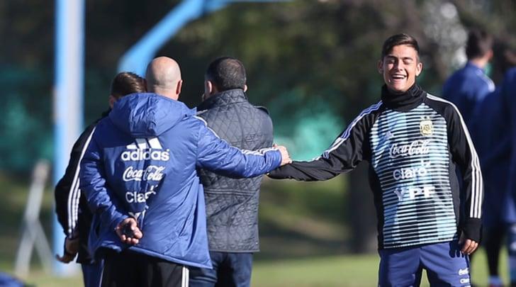 "Argentina, Dybala ""umilia"" Caballero in allenamento"