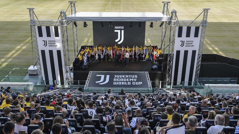 Sfide che vedranno coinvolte 32 squadre provenienti da 20 Juventus Academy di tutto il mondo, per un totale di 400 giocatori (categoria 2006-2008) e oltre 250 genitori al seguito