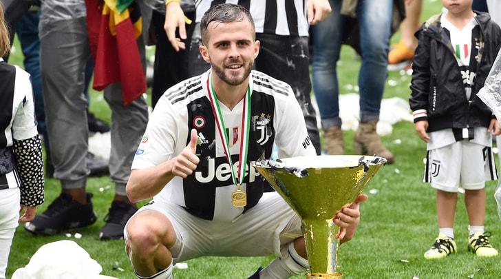 Juventus, Pjanic a vita: Allegri vota sì