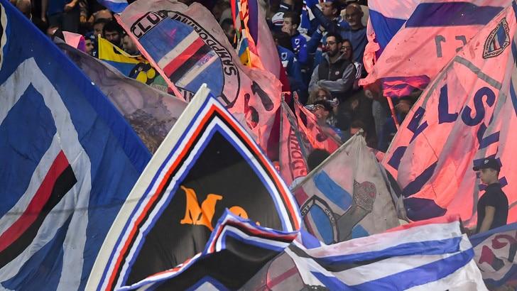 Serie A Sampdoria, tifosi contro Ferrero: «Non ci rappresenti»