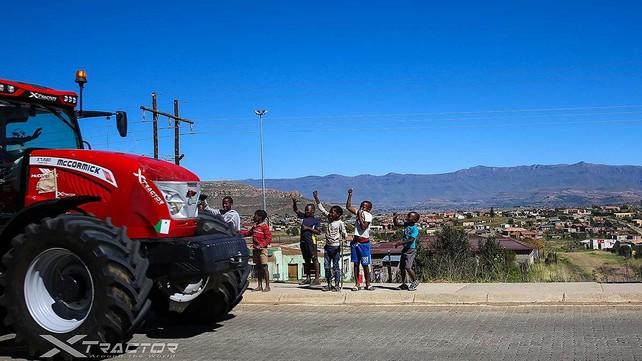 Xtractor: il raid africano da 6 mila km in trattore