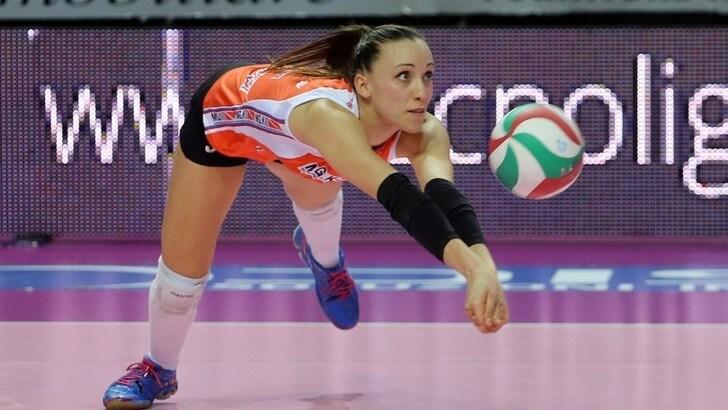 Volley: A2 Femminile, Eleonora Bruno lascia Cuneo e firma per Perugia