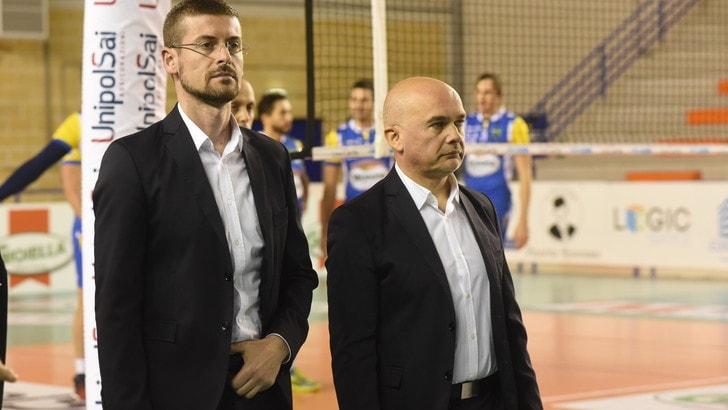 Volley: A2 Maschile, Reggio Emilia risolve la crisi tecnica con Mastrangelo