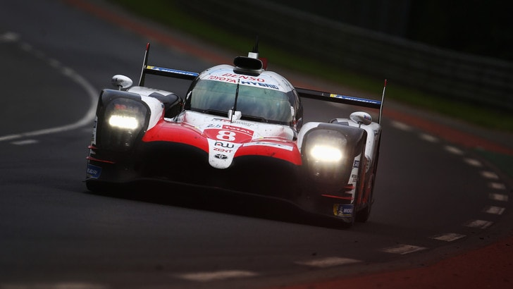 24 Ore Le Mans, grandissima prova di Alonso: trionfa nella gara leggendaria