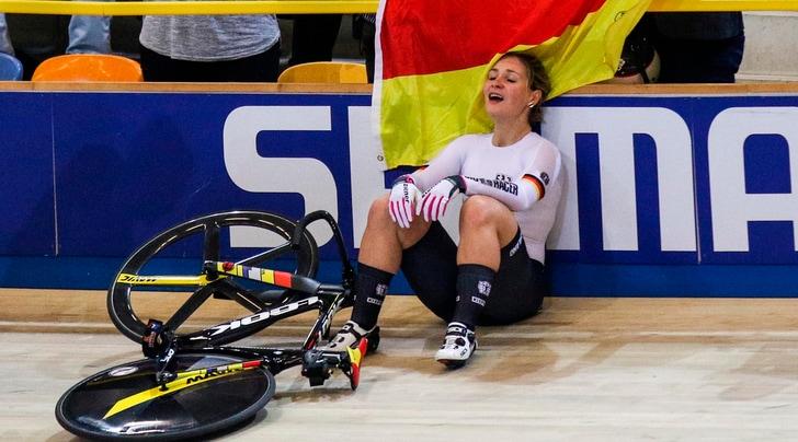 Ciclismo su pista, incidente per l'olimpionica Vogel: è grave