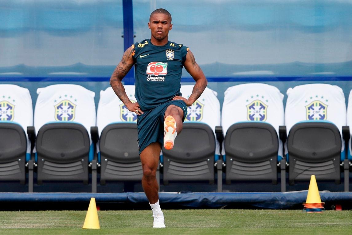 Il Brasile spera: Douglas Costa si allena