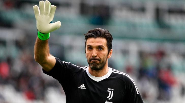 Il Psg ufficializza l'arrivo di Gigi Buffon: