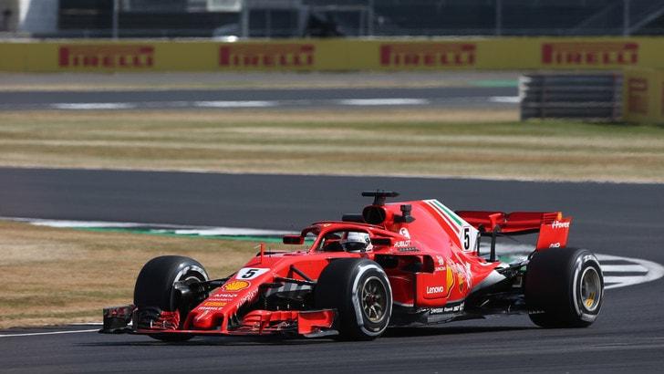 F1 Gran Bretagna, Libere 2: c'è Vettel davanti alle due Mercedes