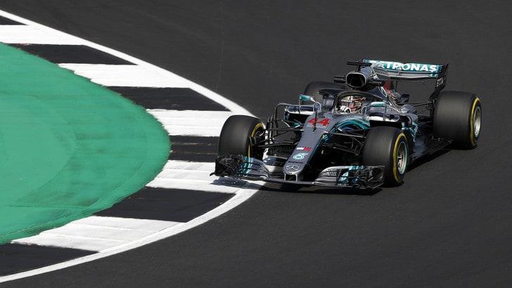 F1 Gran Bretagna, Libere 3: torna primo Hamilton, 4° Vettel