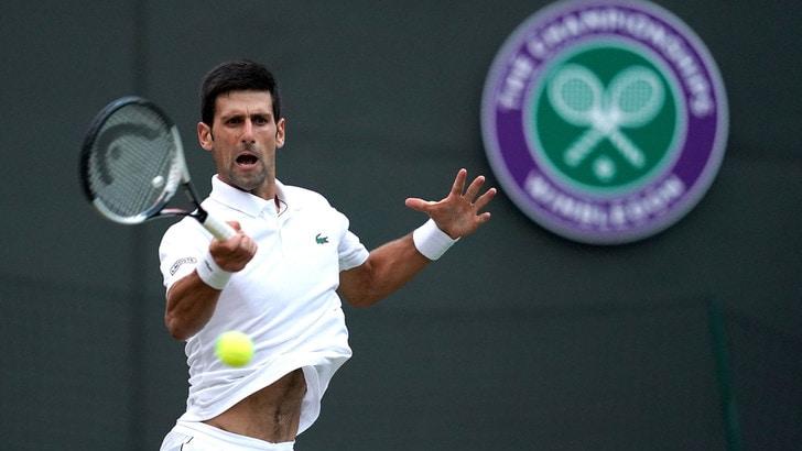 Wimbledon, Djokovic non delude e agguanta i quarti