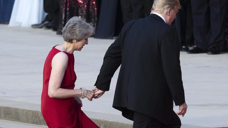 Casa Bianca, Trump rispetta May