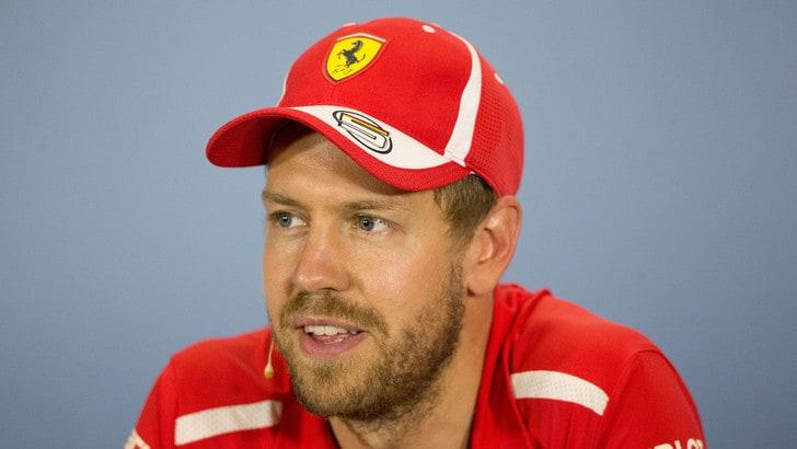 F1 Ferrari, Vettel: «Per me la cosa più normale è essere normale