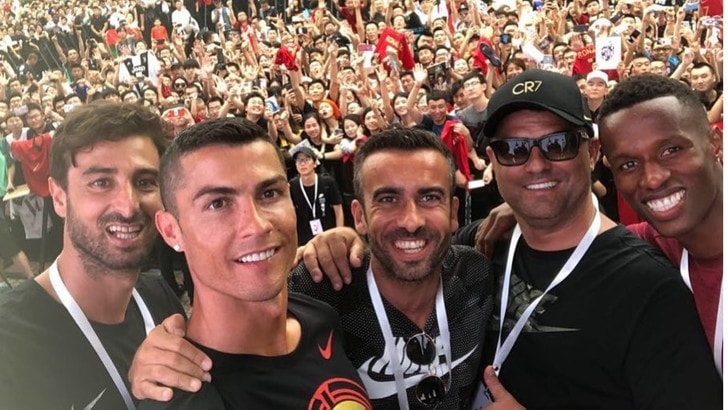 Cristiano Ronaldo saluta la Cina, conto alla rovescia per la Juventus