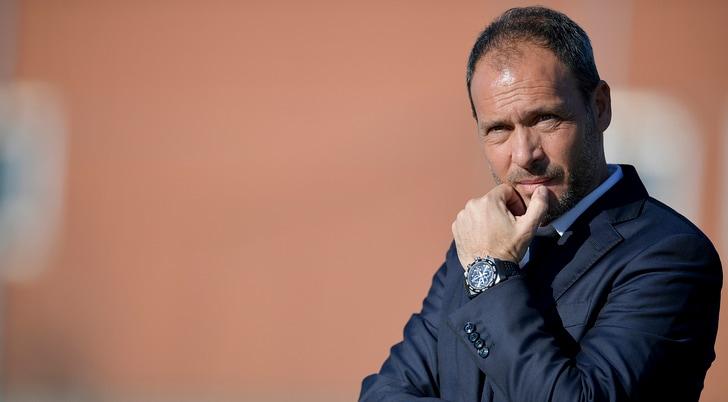 Juventus, strappato a PSG ed Atletico il baby rumeno