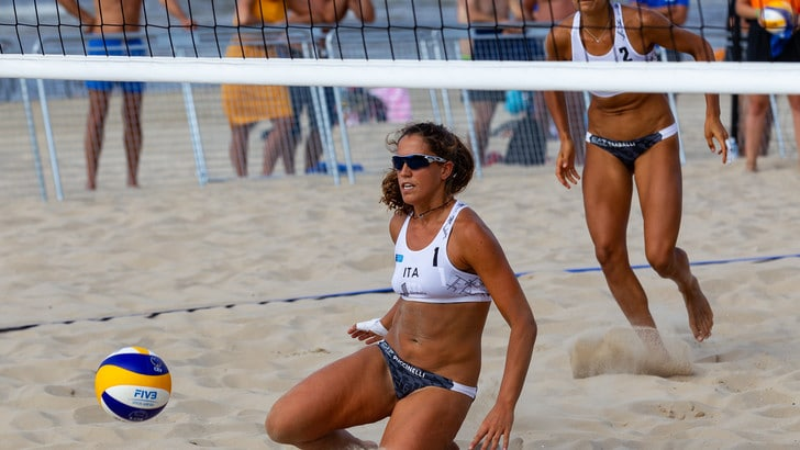 Beach Volley: Europei Under 22, Traballi-Puccinelli volano in semifinale