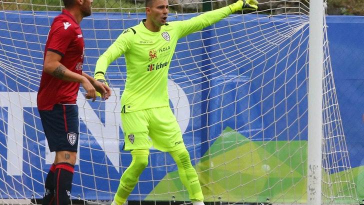 Cagliari-Trabzonspor 0-0. Rafael para un calcio di rigore