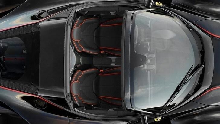 Il Cavallino sceglie il cielo aperto: arriva una Ferrari con tetto Targa