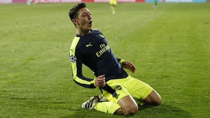 Mesut Ozil avrà la sua squadra di esport