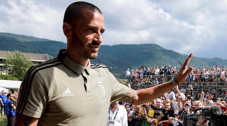 Juventus, applausi a Bonucci: è già stato perdonato
