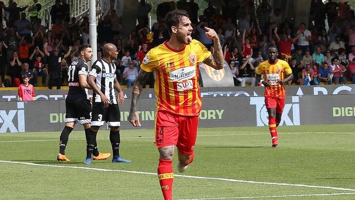 Calciomercato Benevento, ufficiale: rinnovo triennale per Viola