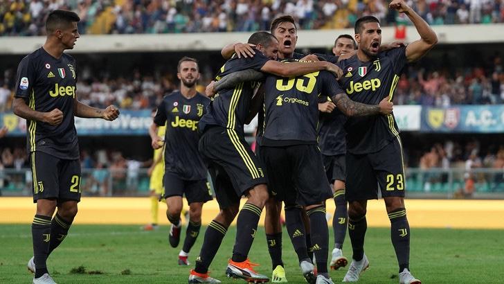 Bernardeschi, rimonta d'oro al '93: Juventus-Chievo 3-2. E Cristiano Ronaldo sorride