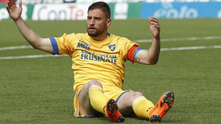 Serie A Frosinone, intervento per Dionisi. Tempi di recupero: sei mesi