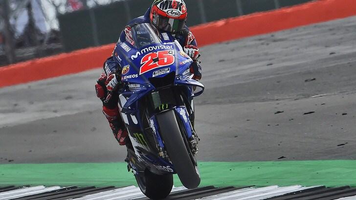 MotoGp Silverstone, warm up: Viñales ok sull'asciutto, Rossi 10°