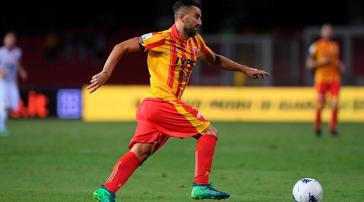 Serie B, pari e spettacolo. Benevento-Lecce da 0-3 a 3-3!