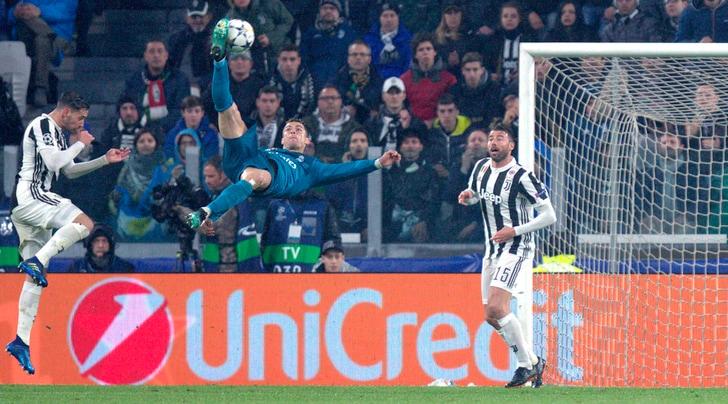 Uefa, la rovesciata di Ronaldo è il gol più bello della stagione