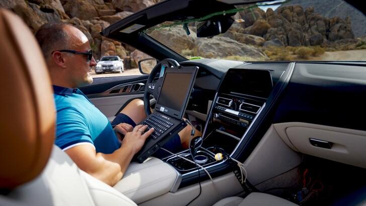 BMW Serie 8 cabrio, i test nella Death Valley: foto