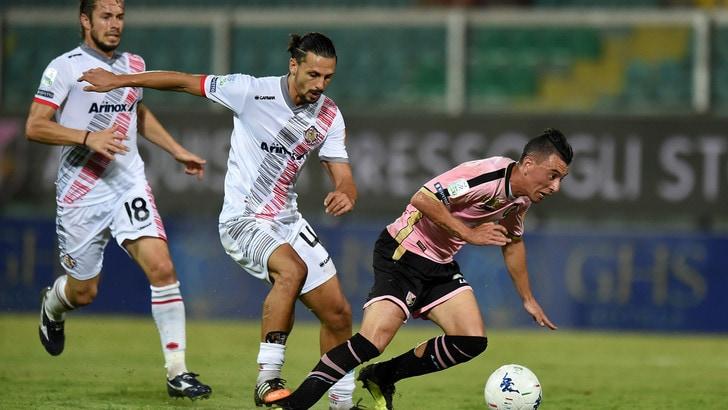 Serie B Palermo-Cremonese 2-2, Mazzotta salva i rosanero
